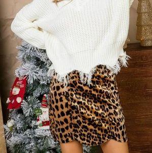 Scalloped Leopard mini skirt